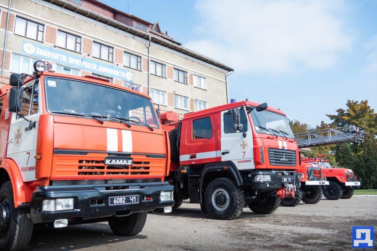 Мільйони у вогонь: у скільки обходяться Коломийщині підпали сухої трави. ФОТО