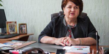Директорка школи-ліцею у Коломиї стала заслуженим працівником освіти України