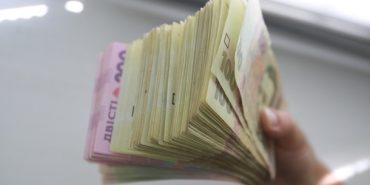 Франківські митники виявили порушень на майже 1,9 млн гривень