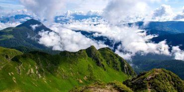 Які екстремальні і небезпечні стежки пропонують туристам в Карпатах. ВІДЕО