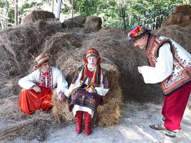 У Коломиї молодь з інвалідністю знялася у фотосесії до Дня українського козацтва. ФОТО