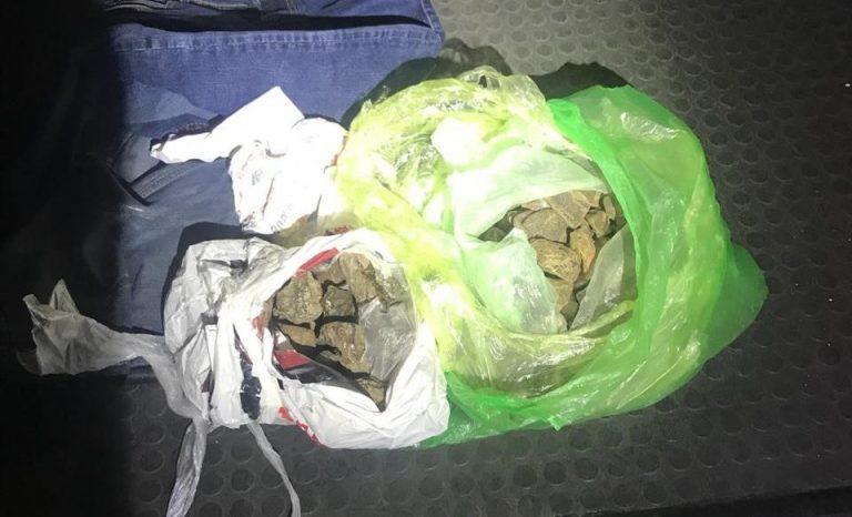 У франківському автобусі, який прямував у Чехію, знайшли контрабандний бурштин. ФОТО