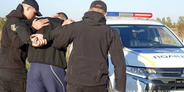 Мешканця Коломийщини, який до смерті забив приятеля, взяли під варту