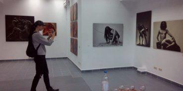 Коломиянин Роман Захарчук презентував виставку власних фоторобіт. ВІДЕО