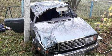 Прикарпатець потрапив у ДТП, тікаючи на викраденому автомобілі
