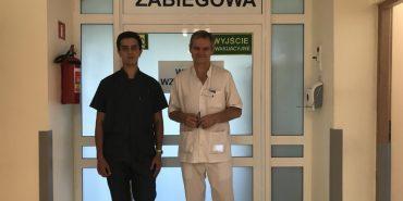 Студент-медик з Прикарпаття асистував на операціях в Польщі. ФОТО