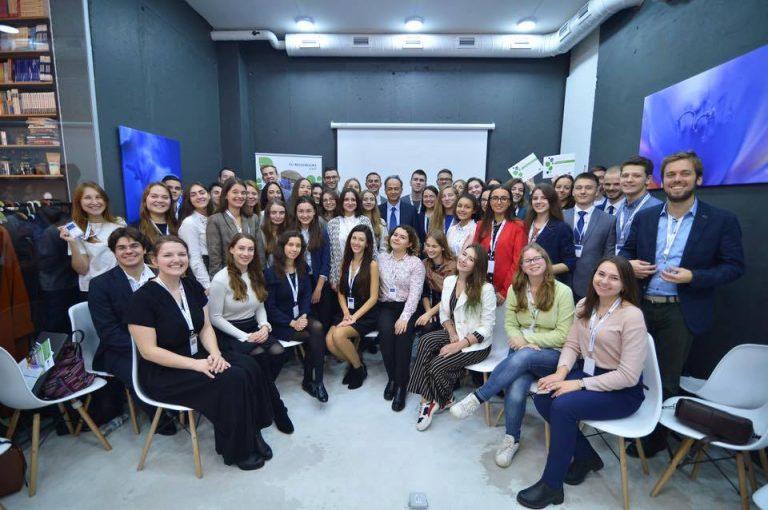 Студентки з Прикарпаття стали молодими послами Євросоюзу. ФОТО
