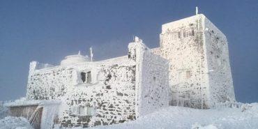 7 градусів морозу та сніг: що зараз коїться на горі Піп Іван