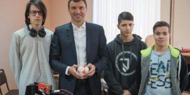 Фото. Андрій Іванчук привітав з Днем студента