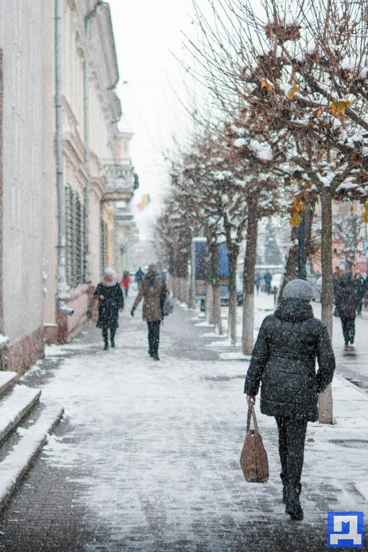 На зміну дощу прийде сильний сніг: погода в Коломиї на 22 лютого