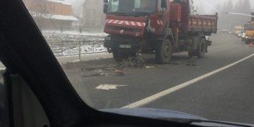 На Франківщині зіткнулися дві вантажівки. ФОТО