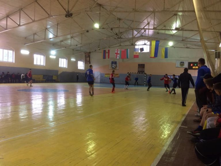 На Коломийщині стартував міжрайонний чемпіонат Прикарпаття з футзалу. ФОТО