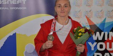 Спортсменки з Прикарпаття вибороли призові місця на чемпіонаті світу з самбо. ФОТО