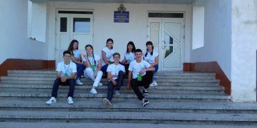 Школа на Коломийщині виграла прес для брикетування сміття від проекту Zero Waste School