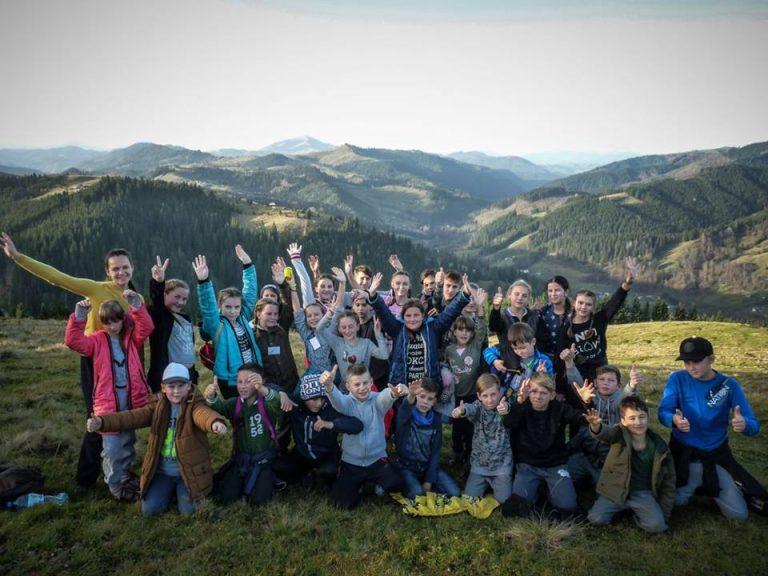 Осінні канікули з Карітасом: коломийські школярі відпочили у таборі на Верховинщині. ФОТО