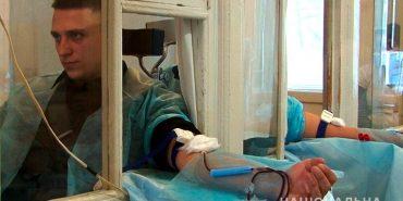 40 поліцейських здали кров для 9-річного онкохворого прикарпатця. ФОТО