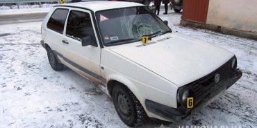 На Франківщині автомобіль збив пенсіонерку. ФОТО