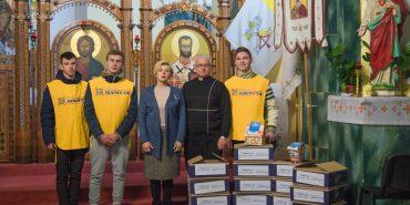 """Фонд """"Покуття"""" передав святкові дарунки на Миколая у храми міста й інтернат. ФОТО"""