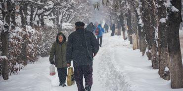 На Франківщині через снігопад оголосили штормове попередження