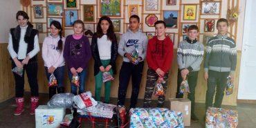 Понад 1300 дітей отримали дарунки в рамках щорічної акції Карітасу. ФОТО