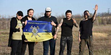 """""""Сила і зброя"""": 10 бригада і Kozak System записали новий кліп. ВІДЕО"""