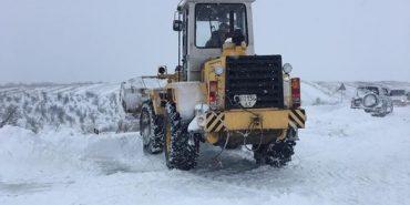 На дорогах області цілодобово працює снігоочисна техніка, – дорожники. ФОТО