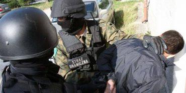 Польські прикордонники затримали українця, який намагався вивезти в Польщу гармату