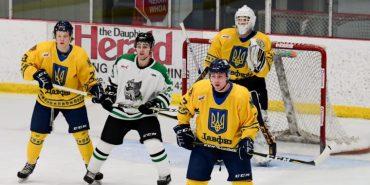 Хокеїсти канадської команди вийшли на лід в синьо-жовтих сорочках з тризубами. ФОТО, ВІДЕО