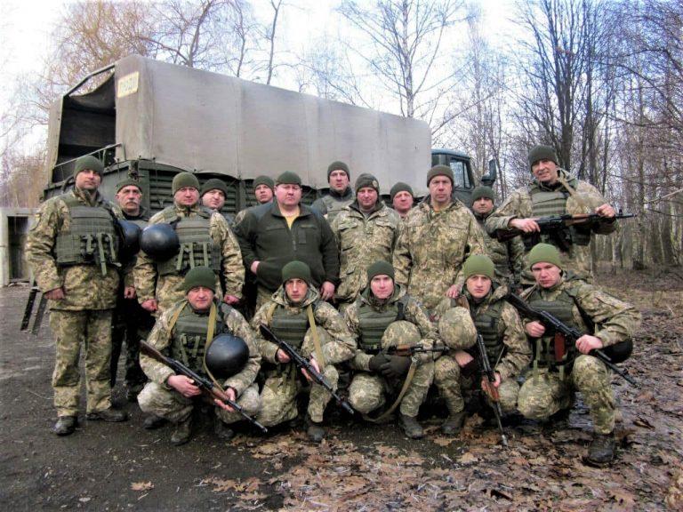 На Прикарпатті командири підрозділів охорони Повітряних сил підвищують бойову майстерність