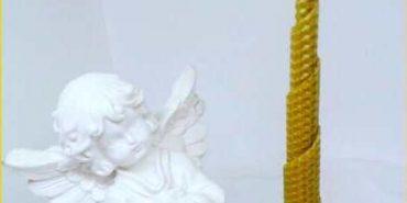 Коломиян запрошують придбати Стрітенську свічку, щоб допомогти молоді з особливими потребами