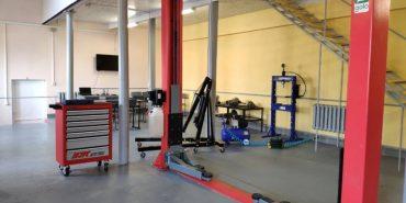 У Коршівському ліцеї відкрили сучасну майстерню для ремонту машин