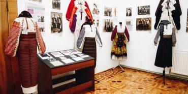 Коломиян запрошують на відкриття виставки народного вбрання Косівщини. АНОНС