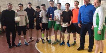 На Коломийщині відбувся волейбольний турнір пам'яті воїна-афганця Володимира Палагіцького. ФОТО