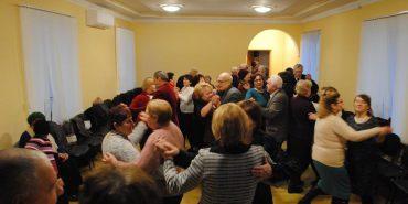 У Коломиї для літніх людей ініціювали розколяду і танцювальний вечір. ФОТО+ВІДЕО