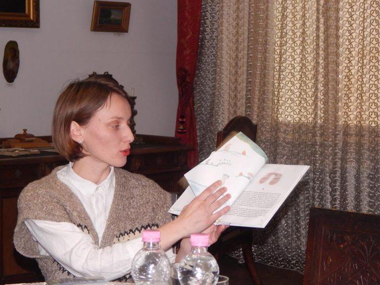 """""""Як я 'му жити на полонині"""": Люба-Параскевія Стринадюк презентувала в Коломиї книжку гуцульської прози"""