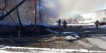 Пожежу на складі у П'ядиках гасили майже 6 годин, – рятувальники