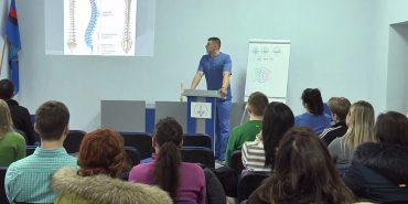 Як розпізнати сколіоз: у Коломиї  відбувся ознайомчий семінар для батьків. ВІДЕО