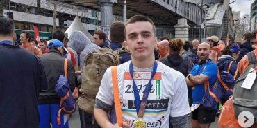 Коломиянин Назар Семанчук пробіг півмарафон у Парижі разом з 54 тисячами людей. ВІДЕО