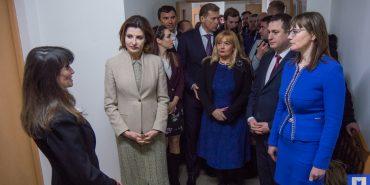 ФОТОРЕПОРТАЖ. Перша леді Марина Порошенко у Коломиї