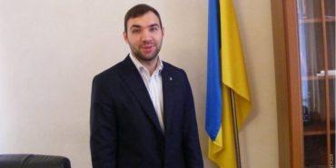 В Україні вперше засудили чиновника до трьох років ув'язнення за 695%-ву премію самому собі