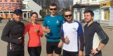 Від 15 до 30 км. Коломияни взяли участь у традиційній недільній пробіжці. ФОТОФАКТ