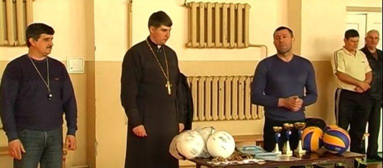 """У Коломиї провели волейбольний турнір """"Спортивна дорога веде до Бога"""". ВІДЕО"""