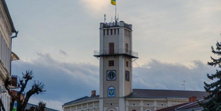 День буде хмарним, ввечері можливий дощ: погода в Коломиї на 24 березня