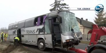 У Польщі автобус з українцями потрапив у ДТП, є загиблі. ФОТО