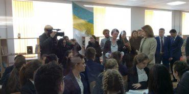 Марина Порошенко відвідала у Коломиї п'яту школу. ФОТО