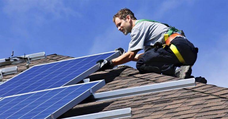 В Україні вже майже 1400 домогосподарств встановили домашні сонячні електростанції