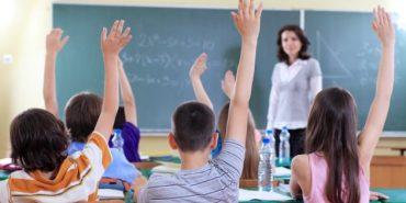 Булінг на Прикарпатті: вчителька християнської етики називає школярів чортами та б'є їх. ВІДЕО