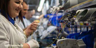 Завод LEONI у Коломиї продовжує розширюватися й потребує робочих рук