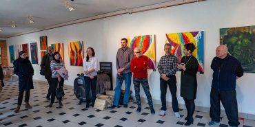 """Ця провокативна абстракція: коломиян запрошують на виставку живопису у """"Світовид"""""""