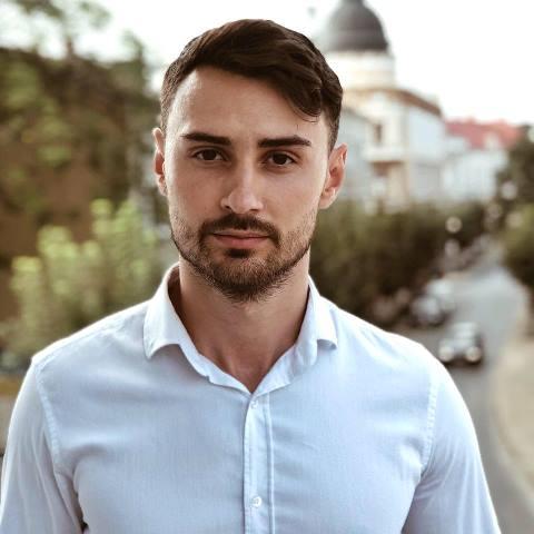 Нові лідери. Назарій Тодорів отримав вже більше 400 голосів. Встигніть підтримати коломиянина